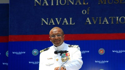 Navy veteran finds new purpose in an unlikely venture: Socks