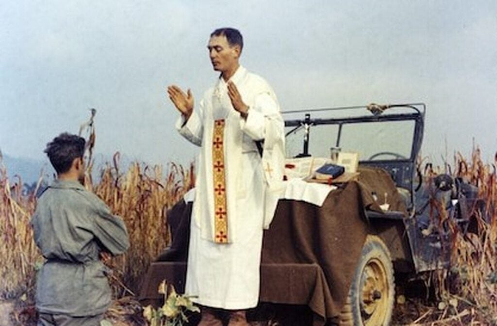 How America welcomed home Medal of Honor recipient Chaplain Emil Kapaun