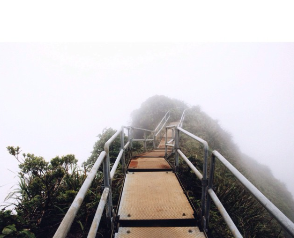 Hawaii is demolishing the famous 'Stairway to Heaven' built by the Navy