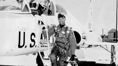 How airline pilot and Vietnam War hero Carl Gamble saved his passengers from a hijacker