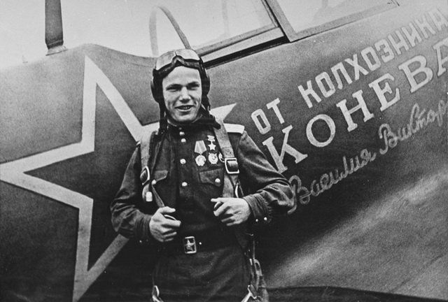 The 9 greatest fighter pilots you've never heard of