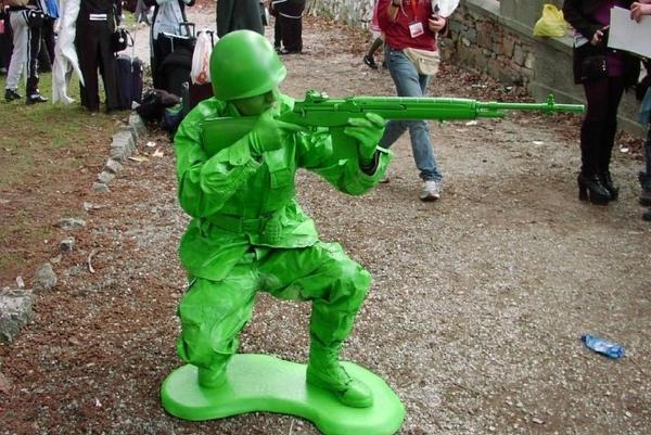5 crazy games you played while in the military