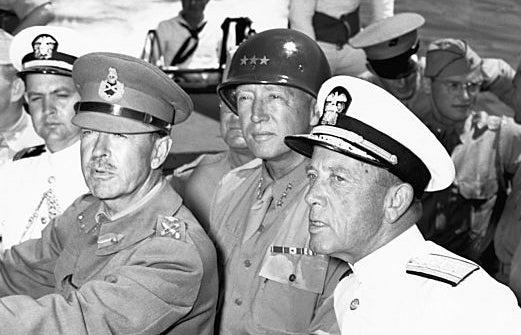 Estas son las 8 reencarnaciones del general Patton