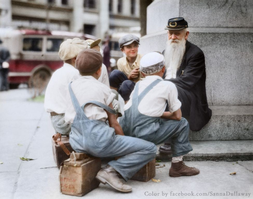 24 historic photos made even more amazing with color