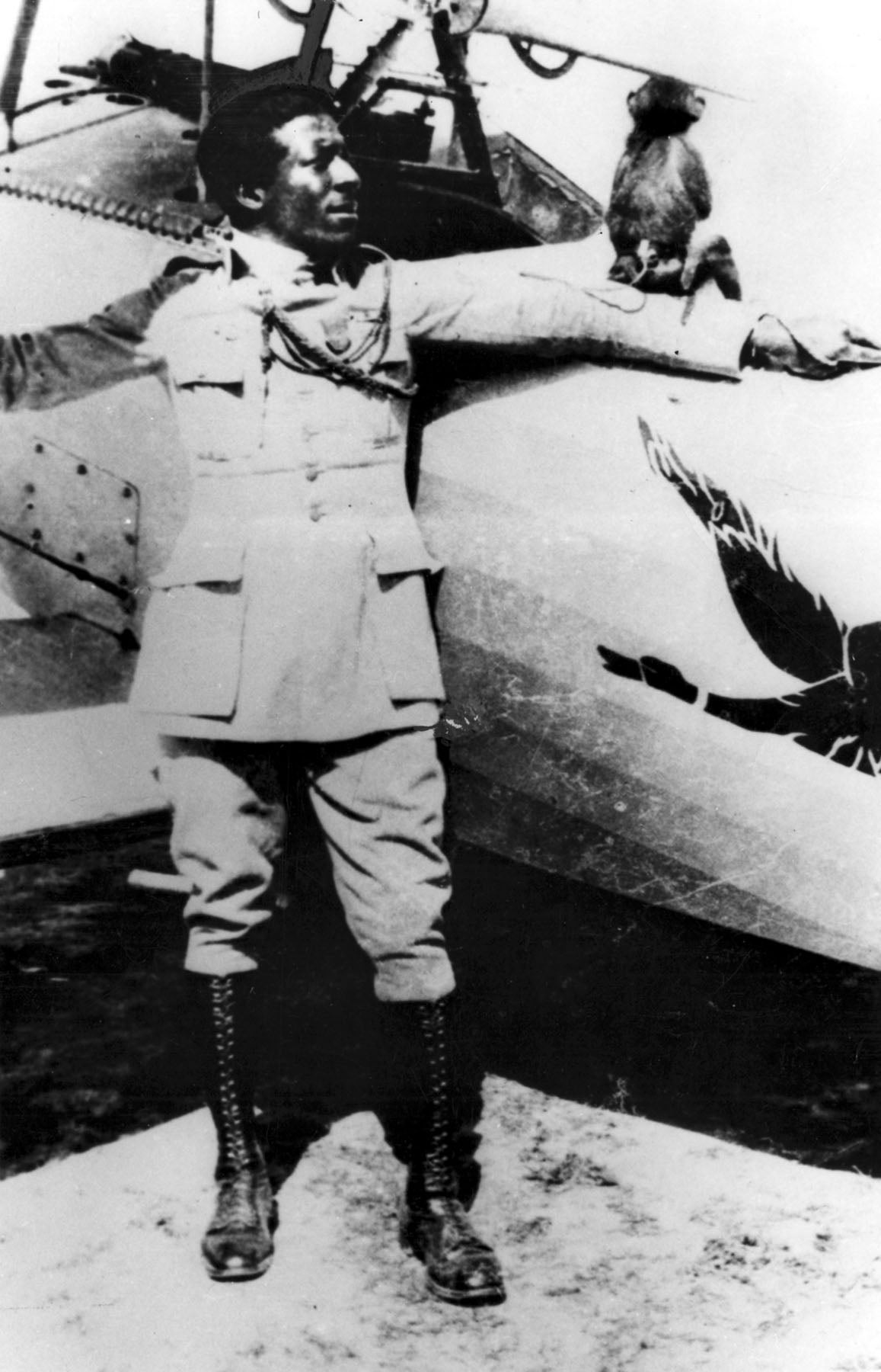 The first black fighter pilot was also an infantry hero and a spy