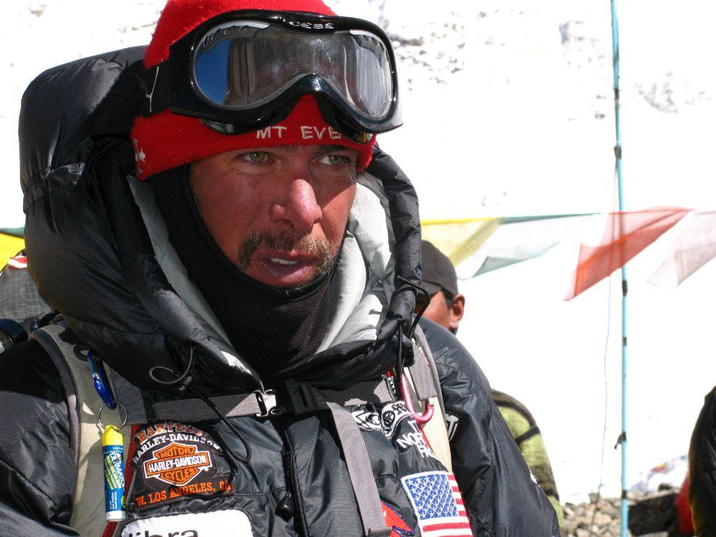 This Marine could be the first combat-wounded veteran to climb Everest