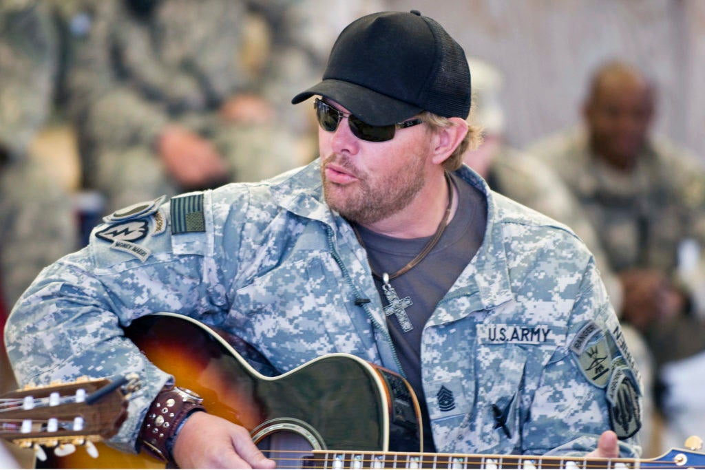 13 songs on Marcus Luttrell's mixtape that will make you feel operator AF