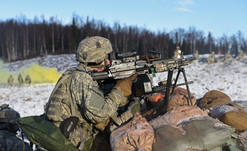 17 beautiful photos of troops training in the snow