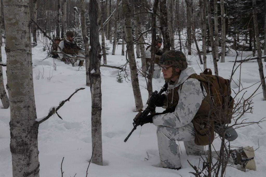 Watch Green Berets demonstrate a lot of cool firepower