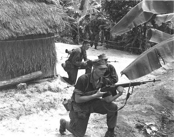 Marines use M14s in Vietnam