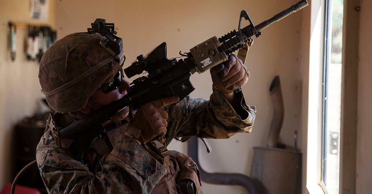 US forces are quickly cutting off ISIS' only escape route in Syria