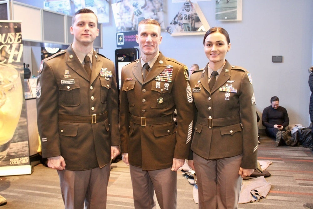 Army considering 2 cool additions to the new greens uniform