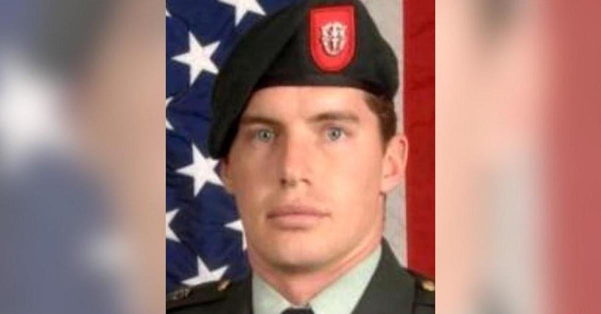 Army recruiter saves mass shooting victims in mall