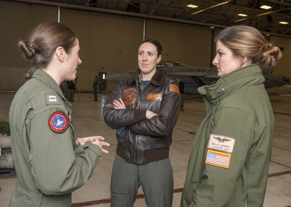 Legendary pilot will be honored by all-female flyover
