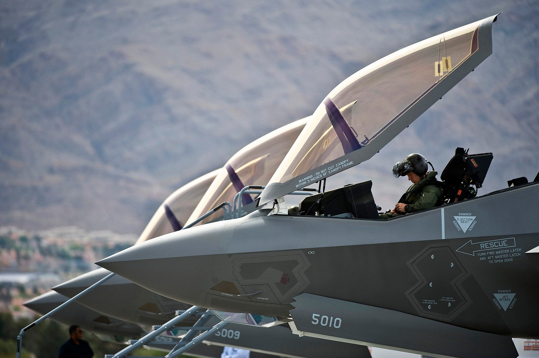 F-35s wrecked their competition in mock battles