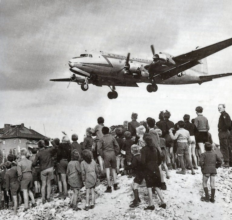 A cartoonish look at how an epic airlift prevented World War 3