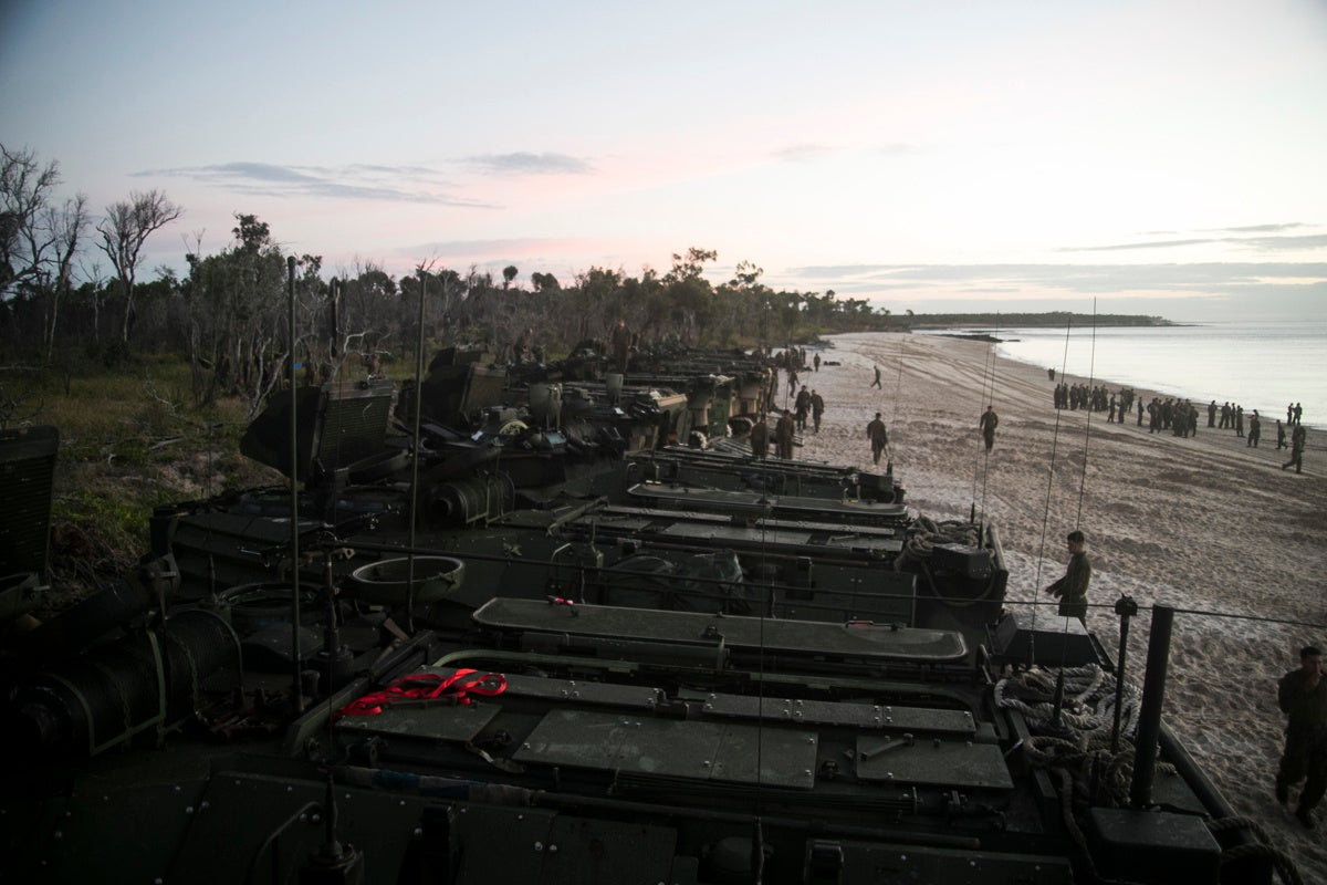 Here's what happens when the Marines take your beach