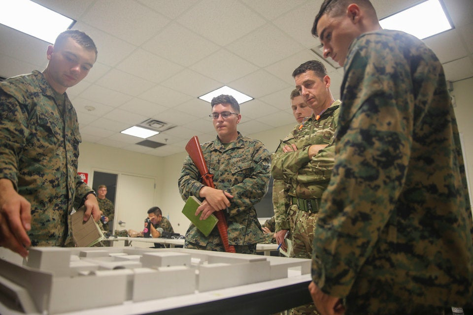 What 24 hours is really like for recruits at US Marine Corps boot camp