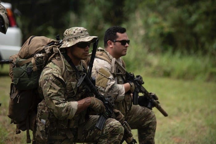 US Army Green Berets trained some airmen — here's what they put them through