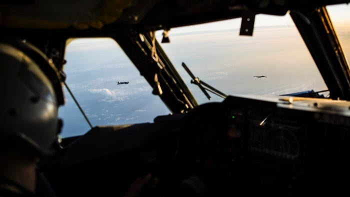 Here's how airmen keep B-52 bombers flying on a moment's notice