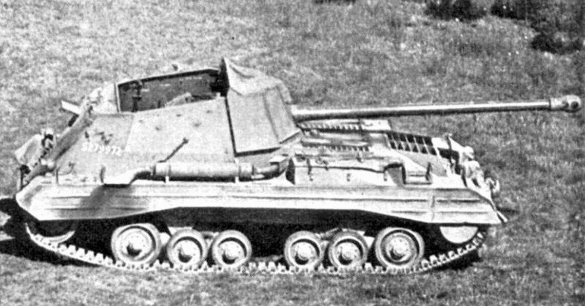 The Archer didn't look much different than future self-propelled artillery vehicles (Photo credit: Public Domain)